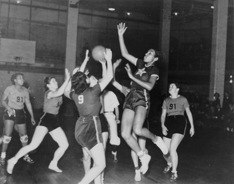Women's basketball: ILGWU Local 22 plays ILGWU Local 91, November 6, 1937